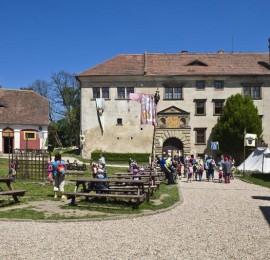 Hrad a zámek Staré Hrady u Jičína