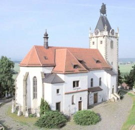 Kostel Nanebevzetí Panny Marie a sv. Gotharda Budišov