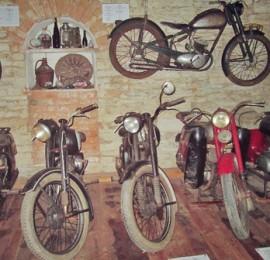 Muzeum motocyklů a hraček Šestajovice