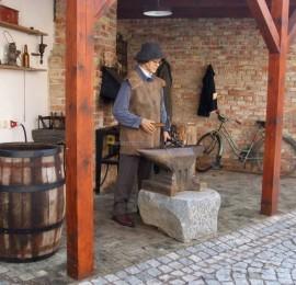 Muzeum obuvi a kamene Skuteč