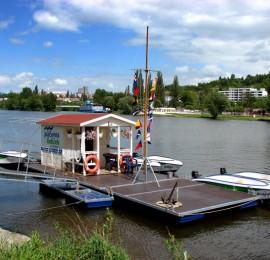 Půjčovna lodiček Praha Smíchov