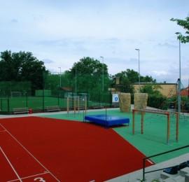 Sportovní areál Hanspaulka