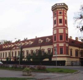 Zámek Heřmanův Městec