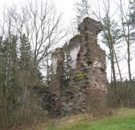 Zřícenina hradu Chlum